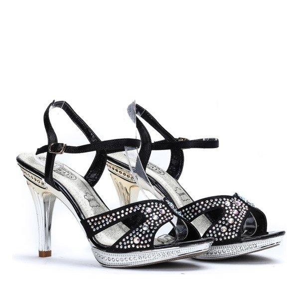 e36961cb Czarne sandały ze zdobionym paseczkiem Kali - Obuwie ...