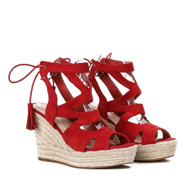 e4ce840fe4f03 Czerwone sandały na wysokiej koturnie Milton - Obuwie - Czerwony ...