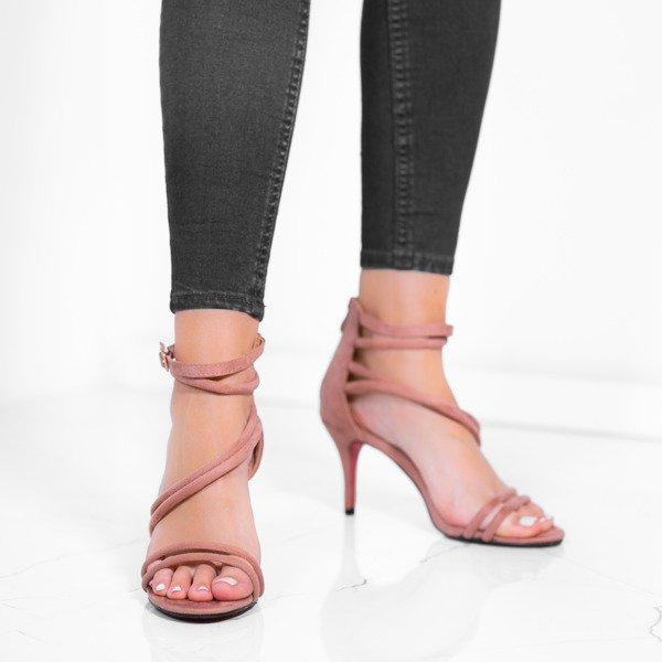 b2a28ee01a97ae Różowe sandały na niskiej szpilce Joleen - Obuwie Kliknij, aby powiększyć  ...