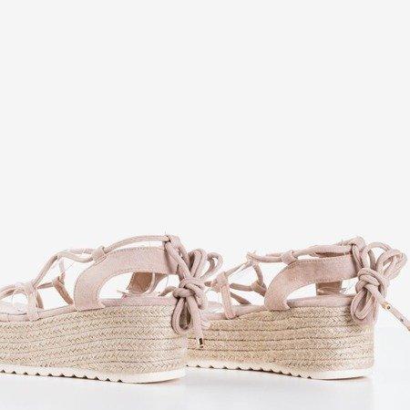 Beżowe damskie sandały na platformie Alvis - Obuwie