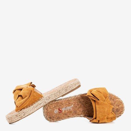 Brązowe klapki z kokardką Playa - Obuwie