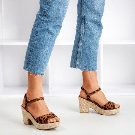 Brązowe sandały damskie z panterką Sugar Honey - Obuwie