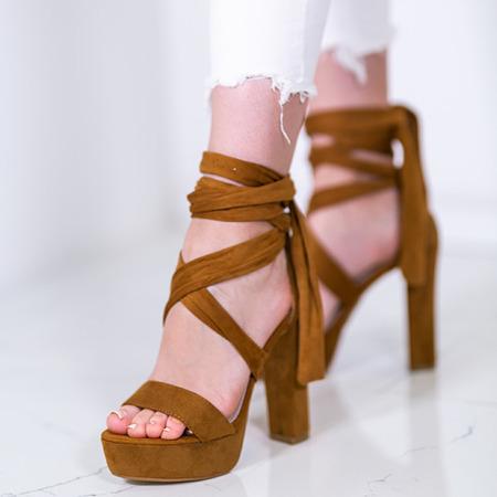 Brązowe sandały wiązane na wysokim słupku Molier - Obuwie
