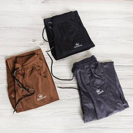 Brązowe sztruksowe spodnie dresowe - Odzież