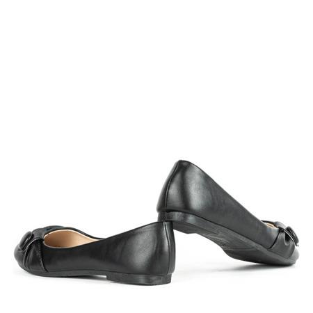 Czarne baleriny z ozdobą Aero - Obuwie