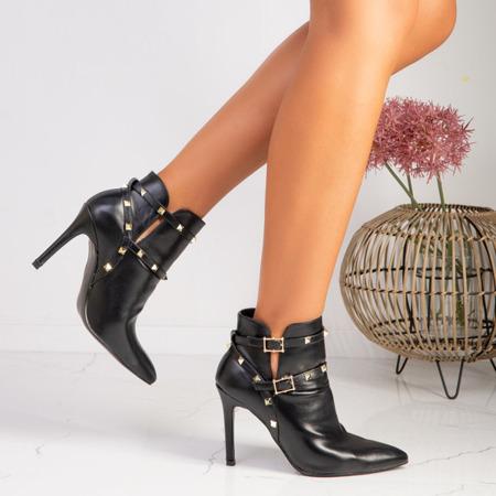 Czarne botki na szpilce z ćwiekami Lucile - Obuwie