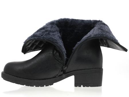 Czarne botki z pikowaną cholewką - Obuwie