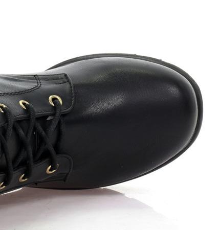 Czarne botki ze sprzączkami - Obuwie