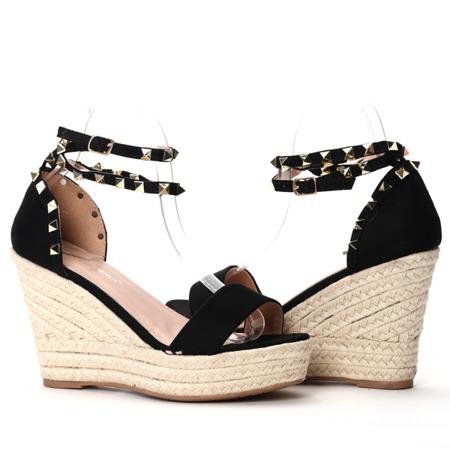 Czarne sandały na koturnie Kiss Touch - Obuwie