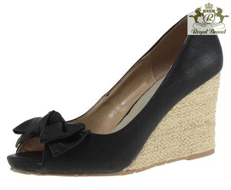 Czarne sandały na koturnie Rocia - Obuwie
