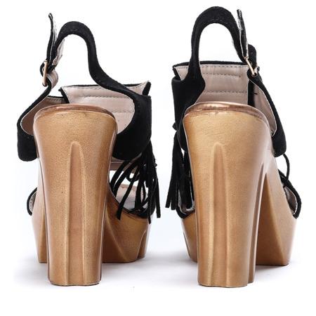 Czarne sandały na słupku z frędzelkami Fominea - Obuwie