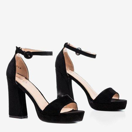 Czarne sandały na wyższym słupku Troelia - Obuwie