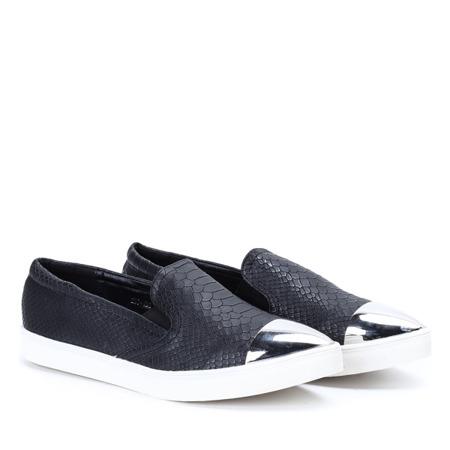 Czarne slip on z lakierowanym noskiem - Obuwie