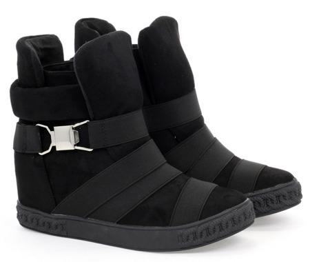 Czarne sneakersy na krytym koturnie z ozdobnymi paskami Petiena - Obuwie