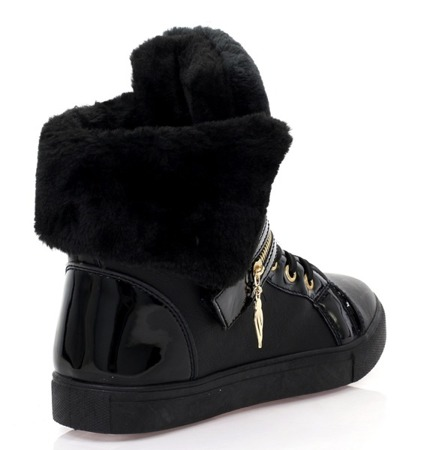 Czarne sneakersy na płaskiej podeszwie - Obuwie