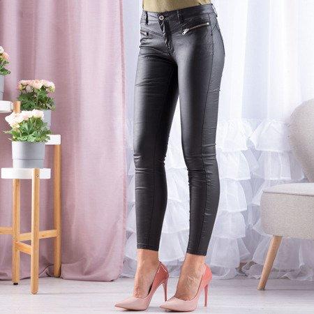 Czarne spodnie rurki z eko-skóry - Spodnie