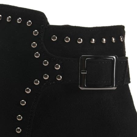 Czarne zamszowe botki  - Obuwie