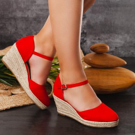 Czerwone espadryle na koturnie Chia - Obuwie