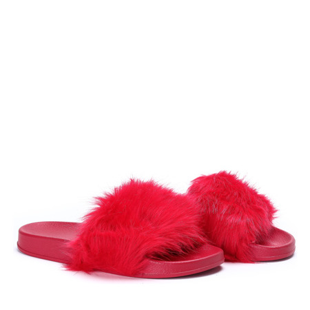 Czerwone klapki z futerkiem Millie- Obuwie