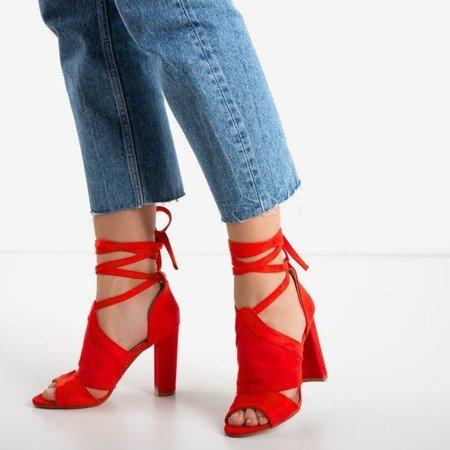 Czerwone sandały damskie na wyższym słupku z cholewką Lanaline - Obuwie
