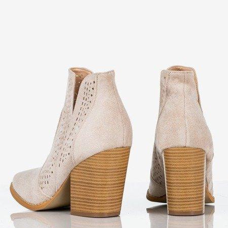Jasnobeżowe botki a'la kowbojki Bess - Obuwie