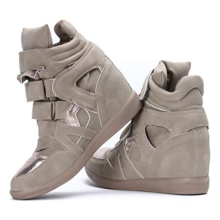 Jasnobeżowe sneakersy na krytym koturnie Jana- Obuwie
