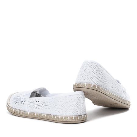 Koronkowe espadryle w kolorze białym Saluda - Obuwie