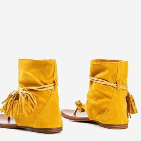 Musztardowe sandały japonki z cholewką Semara - Obuwie