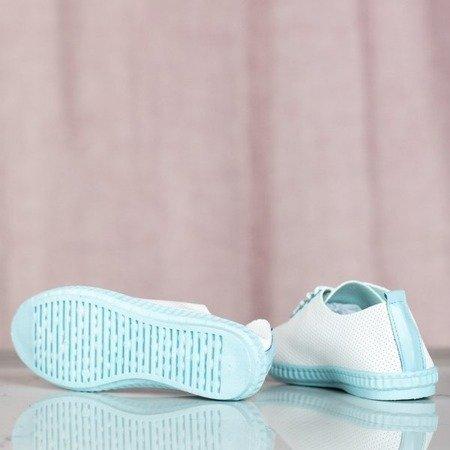 OUTLET Białe tenisówki z niebieskimi wstawkami Mika - Obuwie