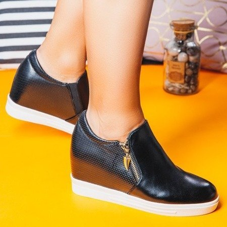 OUTLET Czarne sneakersy na krytym koturnie Evita - Obuwie
