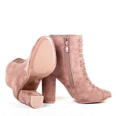 OUTLET Różowe botki na słupku Pierena - Obuwie
