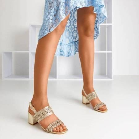 OUTLET Złote sandały na słupku Neze - Obuwie