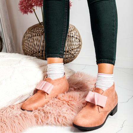Różowe zamszowe botki Seanna - Obuwie