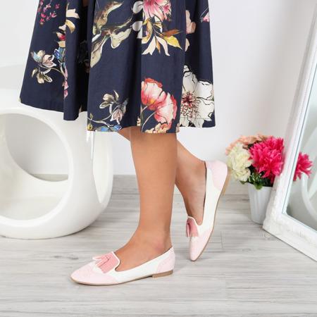 Różowo-ecru mokasyny stylizowane- Obuwie