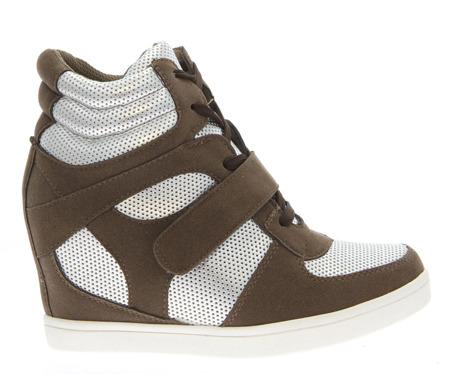 Sneakersy na koturnie w kolorze khaki - Obuwie
