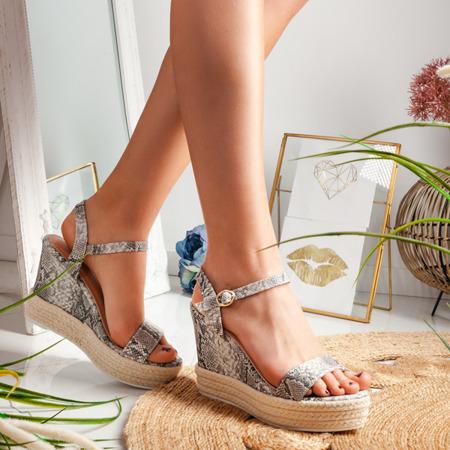 Szare sandały na koturnie we wzór a'la skóra węża Jokin - Obuwie